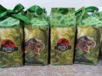 MINI Caixa Milk Dinossauros.   5cm larg e compr x 10cm de altura.